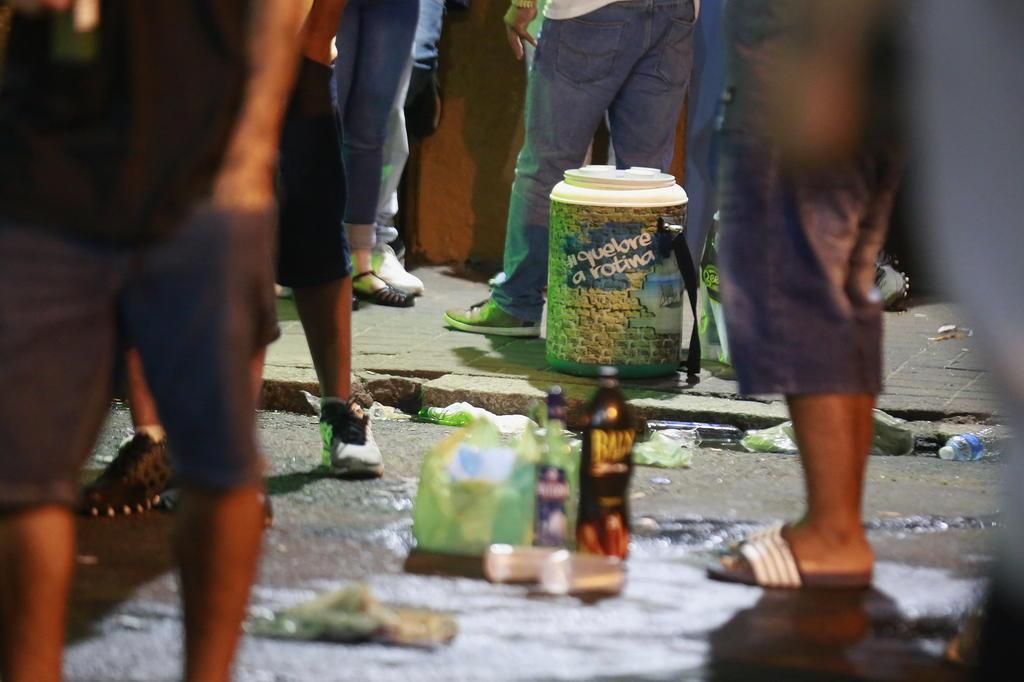 Secretário de Segurança quer proibir bebida alcoólica na rua na Cidade Baixa | GaúchaZH