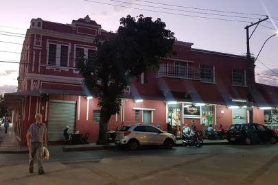 Bar do Bolão pode fechar as portas após quase seis décadas de tradição: 'Muito triste', diz dono - Rádio Itatiaia | A Rádio de Minas